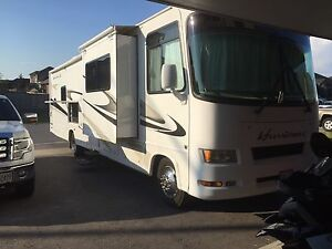 2008 HURRICANE toy hauler motor coach