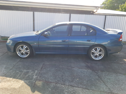 2003 fuel Holden Commodore Lumina  Redcliffe Redcliffe Area Preview