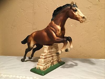 Large Vintage Breyer Traditional Jumping Horse Bay #300 With Wall Made in USA
