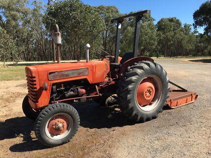 B275 International Tractor and Slasher