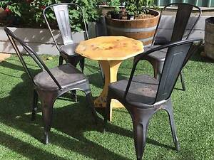 Outdoor table and chairs Henley Beach South Charles Sturt Area Preview