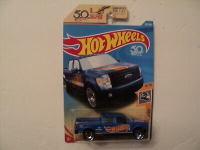HOT WHEELS HW 50th RACE TEAM 2009 FORD F-150  4/10