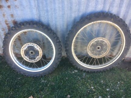 Honda xr 250 wheels