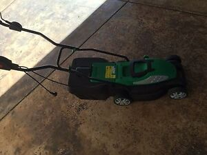 Electric lawn mower Sunshine Brimbank Area Preview