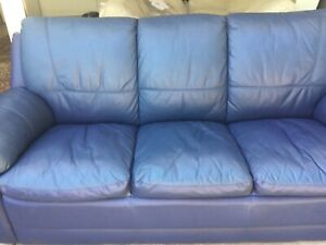 3 seater and 2 seater Leather lounge suite
