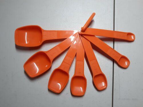 Vintage TUPPERWARE Orange MEASURING SPOONS Set Of 7 w/ RING Complete