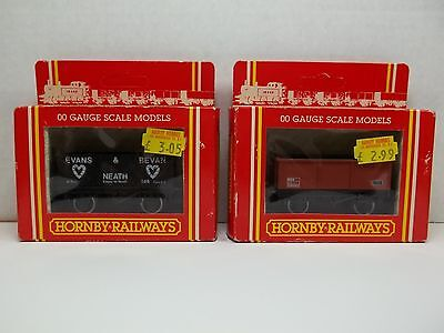 HORNBY OO SCALE RAILWAYS R142 EVANS BEVAN & R079 MINERAL WAGON FREIGHT CARS LOT