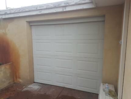 Red Modern Garage Door Average Condition Building Materials