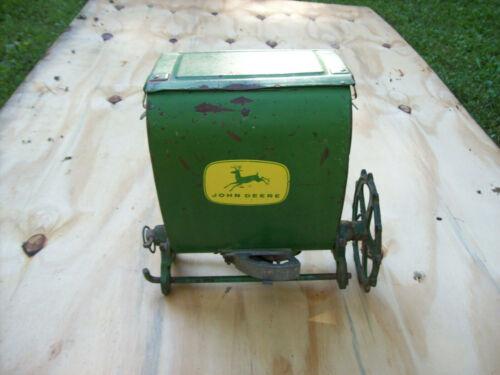 VINTAGE JOHN DEERE Planter Seeder Fertilizer Box Hopper #1