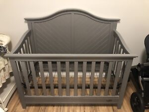 Brand new 5 in 1 convertible crib located in Kelowna