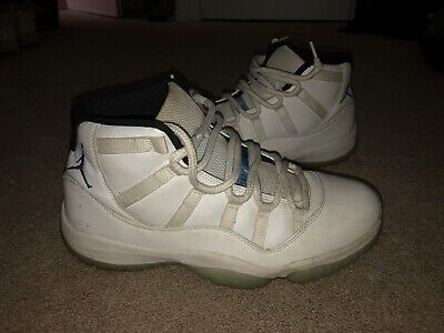 Authentic Men's Air Jordan 11 Legend Blues SZ 9.5 Basketball Shoes -