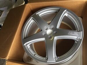 "Brand new OZ canion ST Mags 20""  Bolt pattern 5x108"