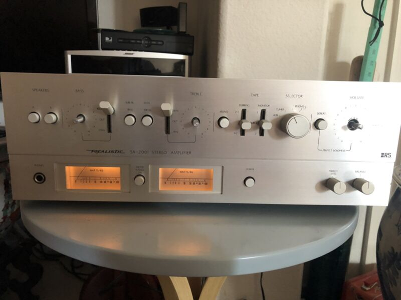 Vintage Realistic SA-2001 Stereo Amplifier Model 31-1962A Phono Tape AUX Tuner