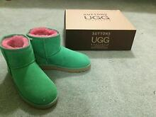 Brand new UGG boots - size 7 / Green Grass Brighton Bayside Area Preview