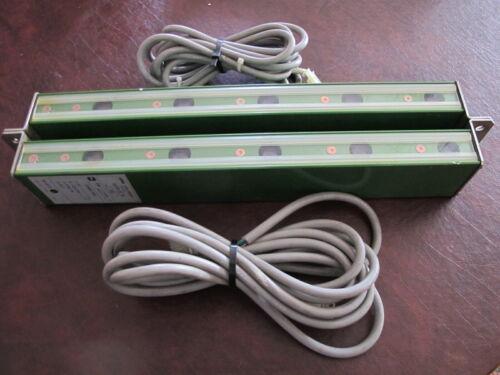 pair Sunx SA70-5R  SA70-5T, 12-14 Volts, Area Sensor / Light Curtain W CABLES