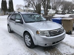 2009 Ford Taurus X, Limited edition, AWD, 7 seats