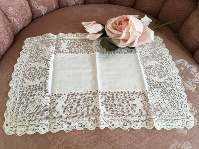 Lovely Antique Table Runner Cherub Lady Figural Lace Trim #B15