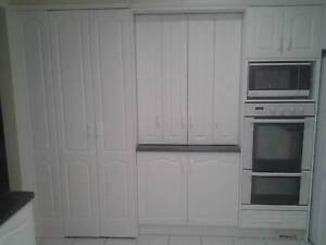 KITCHEN - 2nd Hand for sale in EXCELLENT condition Prestons Liverpool Area Preview