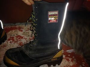 Insulated Dakota Boots