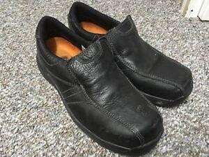Men's 8.5 steel-toed leather slide-on shoes