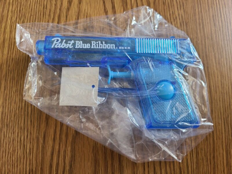 Pabst Blue Ribbon Beer Plastic Squirt Toy Water Gun Game Room Man Cave NEW MIB