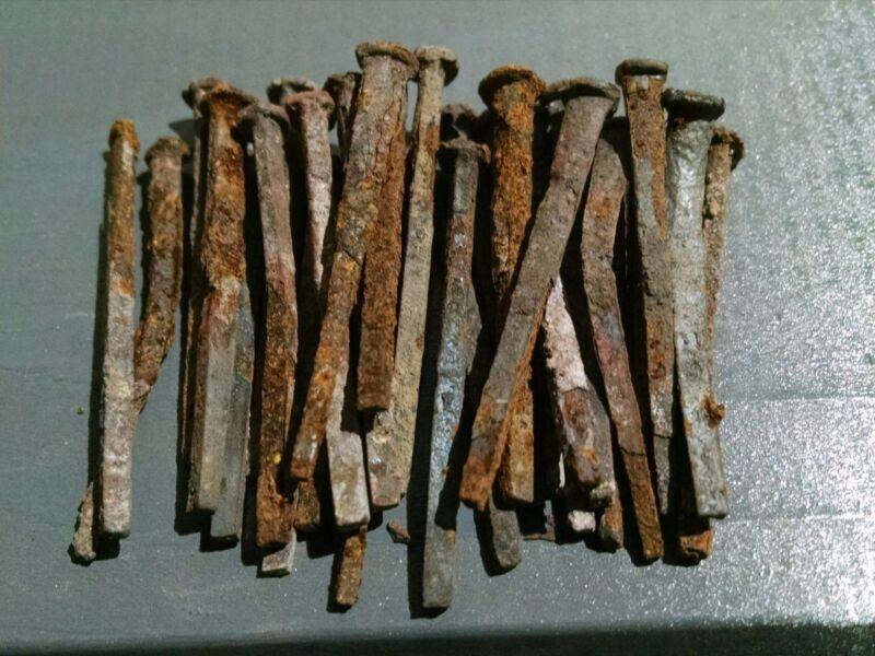 "Vintage Square head nails - 1-1/2"" length - (lot of 30pcs)"