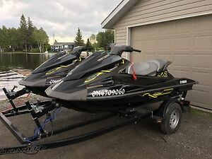 2 - 2015 Yamaha  Waverunner VX Deluxe with trailer.