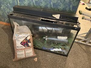 30 gallon aquarium and accessories