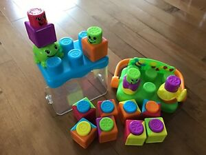 Fisher-Price Brand Stack 'N Surprise Block Set