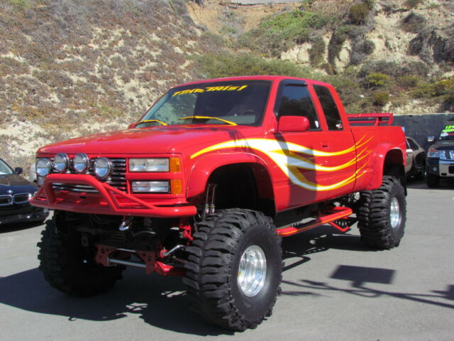 Chevrolet : C/K Pickup 1500 Ext Cab 141. DICK CEPEK SEMA TRUCK MONSTER TRUCK 110K TO BUILD FEAR THIS WORLD FAMOUS