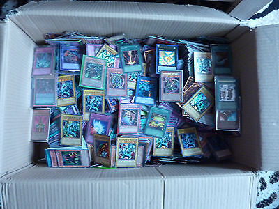Yu-Gi-Oh Karten, 25 Holos +100 Common + 1 Raging Tempest Booster