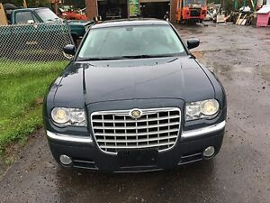 2008 Chrysler 300(safetied & etested)