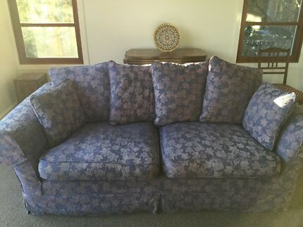 Pair of high quality, elegant and comfortable 2.5 seater sofas