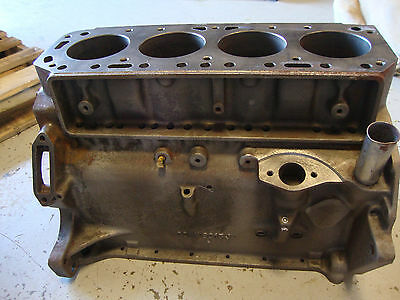 600 601 641 800 801 841 861 900 901 2000 4000 Ford Tractor 172 Gas Engine Block