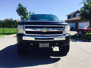 Chevy silverado 1500 for quick sale.asking 5000 firm