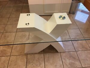 6 PIECE KITCHEN / DINING TABLE
