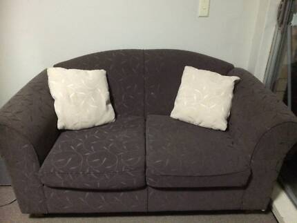 2 seater sofa Artarmon Willoughby Area Preview