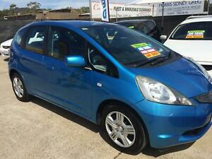 2010 Honda Jazz Manual 5 Door Hatchback with 151,000 KLMS