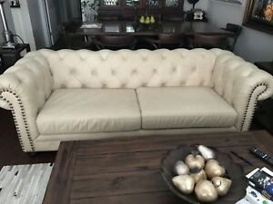 Tufted Leather Couch/Chesterfield