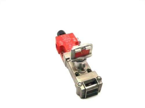 Allen Bradley 440T-MSSSE220A Trapped Key Safety Interlock Switch