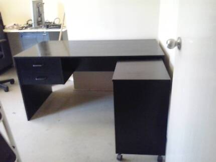 Miscellaneous office furniture like new Bilinga Gold Coast South Preview