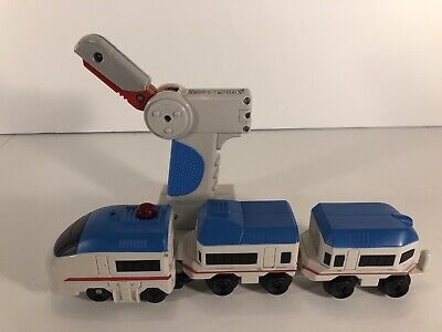 Fisher Price GeoTrax Remote Controlled Train Set, Crosstown Express Lines B4335