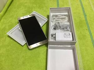 Brand New Samsung Galaxy Note 5 gold Campsie Canterbury Area Preview