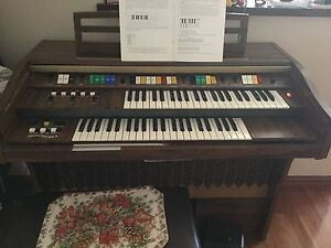 Electronic organ for sale $50 Hocking Wanneroo Area Preview