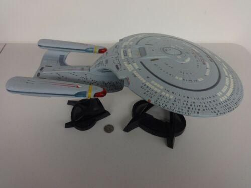 Diamond Star Trek Next Generation Electronic USS Enterprise NCC-1701-D w/ box