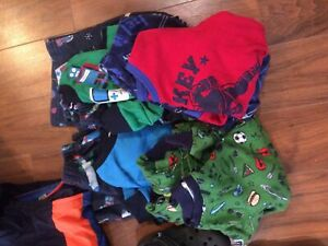 Lot de vêtements garçon 4 ans
