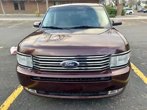 2010 Ford Flex in mint condition