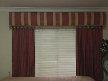 Pelmet and curtains Landsdale Wanneroo Area Preview