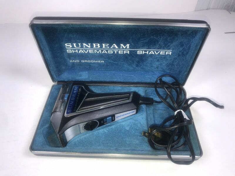 Vintage Sunbeam Shavemaster Electric Shaver and Groomer in Blue Case Working