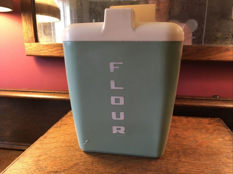 VtG Burroughs MFG. FLOUR Container AQUA COLORED OLD